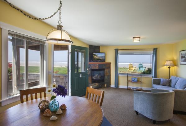 Sea Breeze Cottage 5